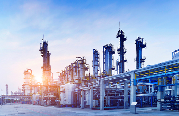 The proper selection of control components in a refinery gas plant is essential for tight containment of fugitive emissions and equipment reliability.